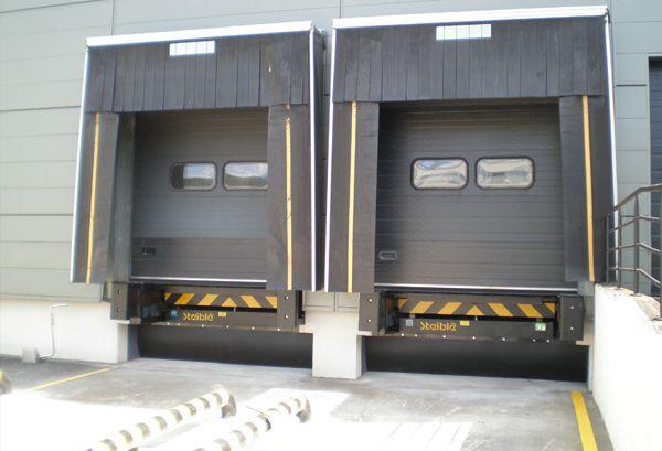 équipement de quai de chargement